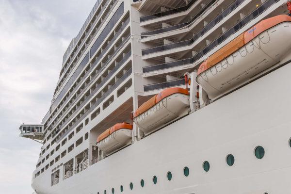 Cruises Logistics